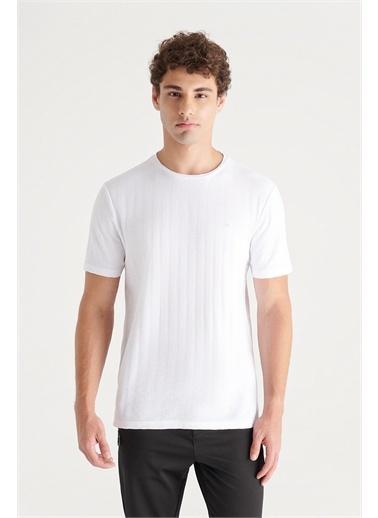 Avva A11Y1203 Bisiklet Yaka Jakarlı Slim Fit T-Shirt A11Y1203 Beyaz